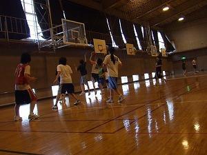 本校体育館での練習